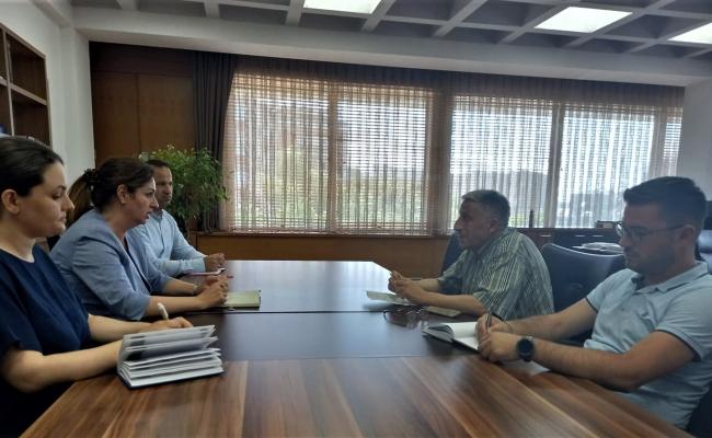 Ministrja Nagavci u takua me përfaqësuesit e SBASHK-ut